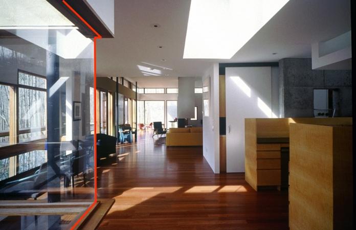13). Open Floor